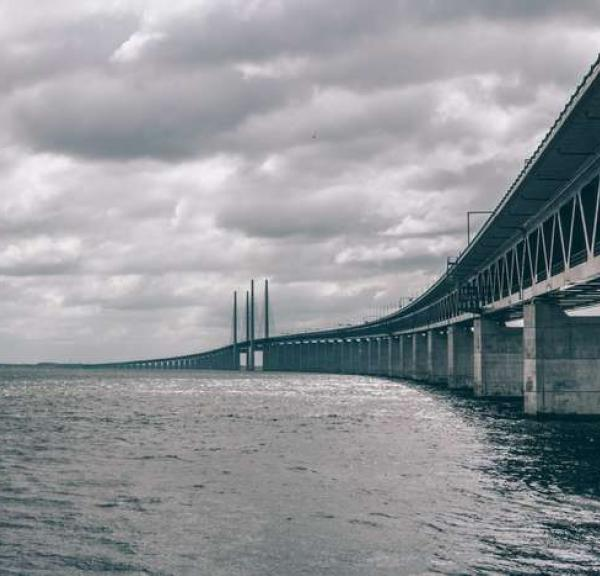 Crossing the Øresunds Bridge takes you from Copenhagen to Malmo
